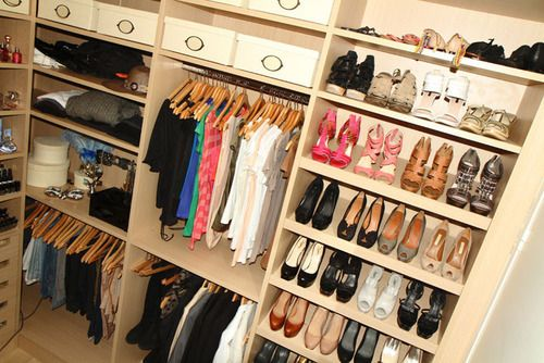 Bedroom organization: my dream closet. Neat and easily accessible!