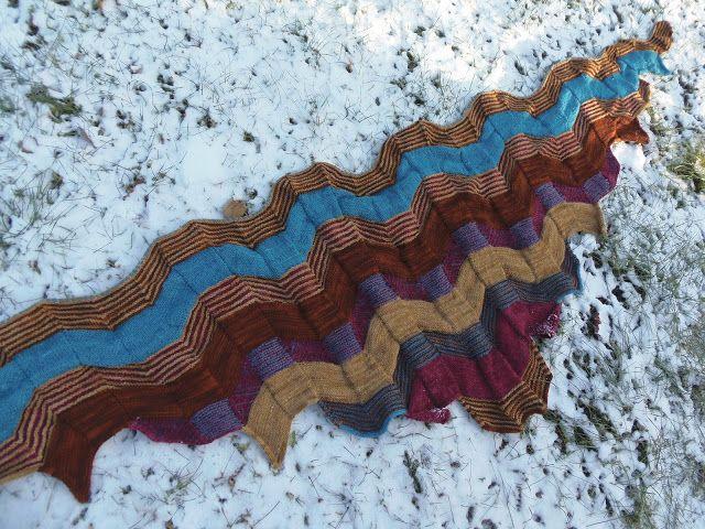Lankaterapiaa: Palikkahuivi - Building Blocks shawl by Stephen West