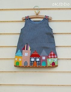 Toddler girl dress in summer denim with houses appliques – size 18-24m