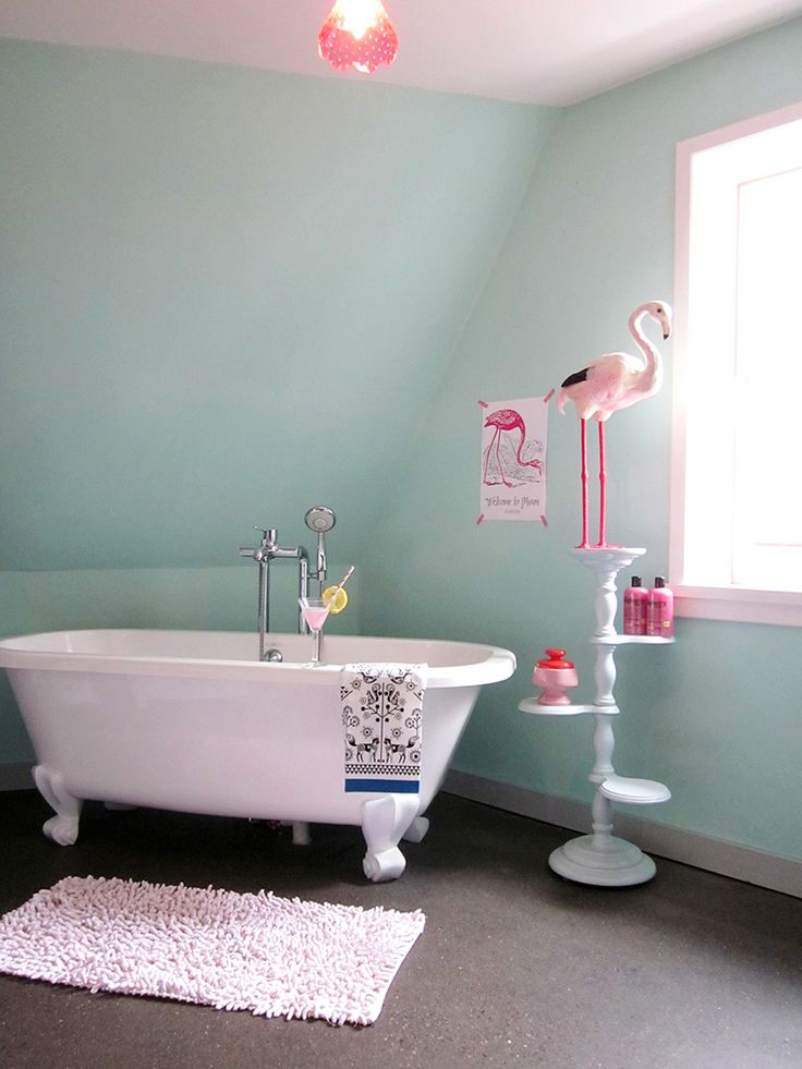 flamingo bathroom #home #bathroom #deco
