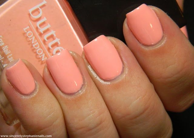 butter LONDON Nail Lacquer in Kerfuffle