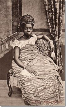 early postcards by the African photographer Arkhurst showing images of women's dress and hair styles on Africa's west coast, the region stretching from Nigeria up to Sierra Leone, in the early 1900s.  http://adireafricantextiles.blogspot.com/
