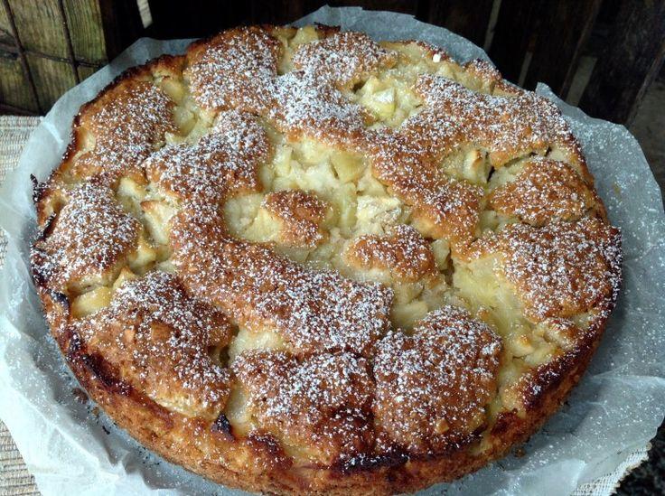 Apfelkuchen mit Haferflocken und Mandeln, ein Herbstgenuss!