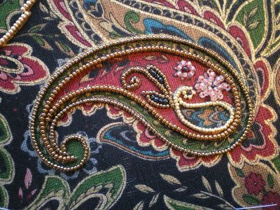 Threads Across the Web: Japanese Bead Embroidery. Oh no - here's something else I want to have a go at!!