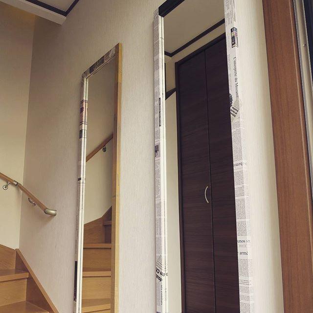 お客様から、「8mm」の姿見を取付けた玄関の写真を頂きました。 ありがとうございます! #姿見 #鏡 #ミラー #デザイナーズ #家具 #ファニチャー #玄関 #新築 #マイホーム #インテリア #リノベーション #リフォーム #引っ越し #一人暮らし #梅雨 #東京 #8mm工房 #ニュースペーパー #海外 #フランス #アメリカ #キャッシュバック #キャンペーン