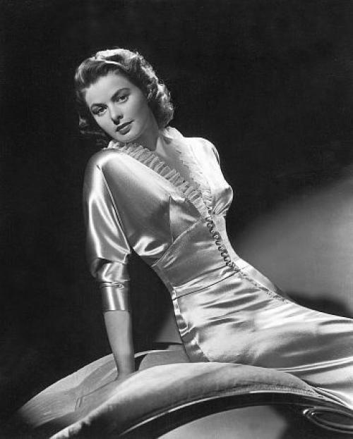 Романтичный и хрупкий стиль 30-х годов с джин харлоу.   Макияж глаз