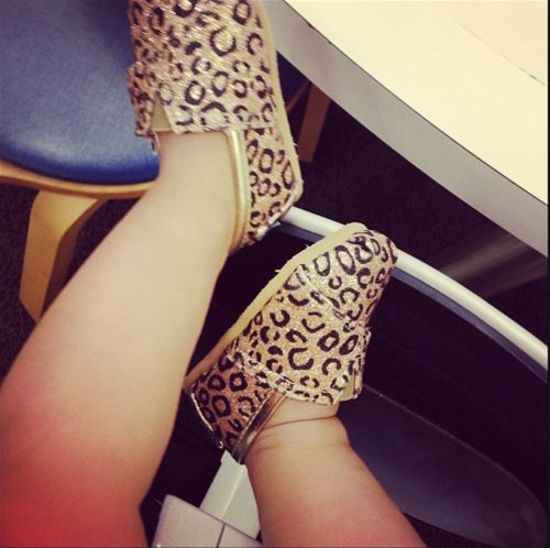 Little baby, leopard TOM'S <3