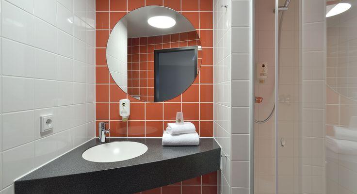 Badezimmer im B&B Hotel Passau
