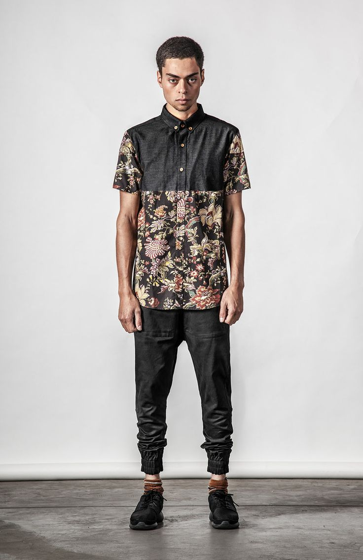 Thing Thing Earl Shirt in black & floral, available for $129nzd at Needles And Threads Streetwear Store.   Shop Online Here: http://www.needlesandthreads.co.nz/estore/style/tt0033.aspx?c=371
