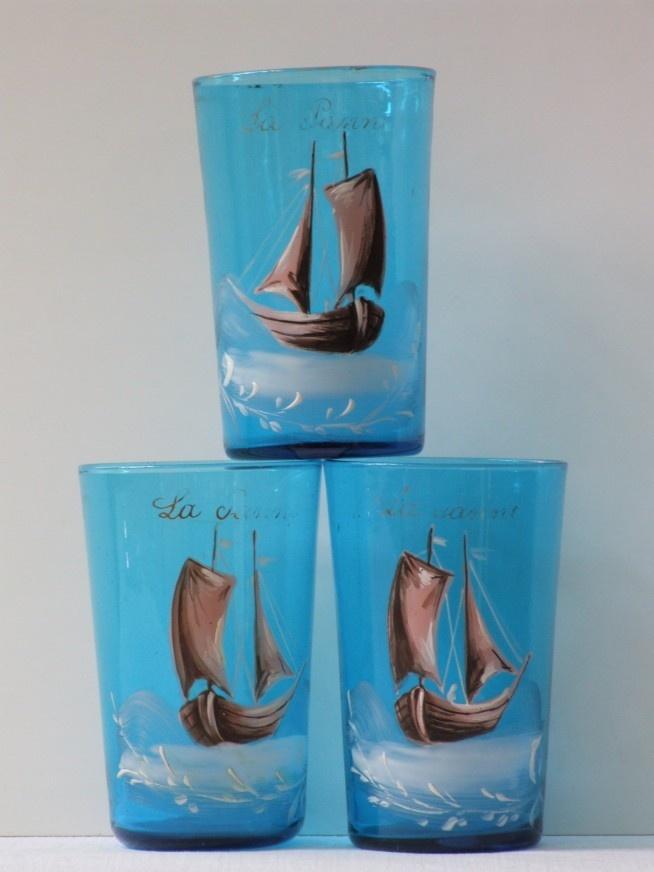 Antieke souvenir glazen La Panne met handbeschilderde afbeelding zeilboot - Interieur