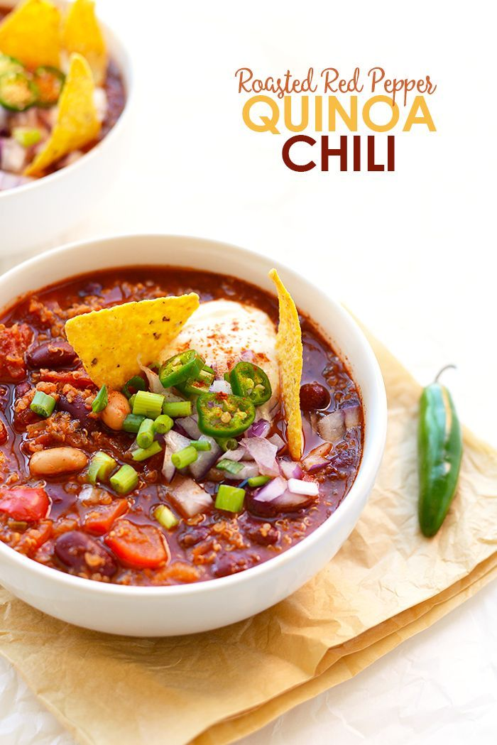 Looking for a high-protein #vegetarian chili that's packed with flavor and easy to make? Use one single pot and make this Roasted Red Pepper Quinoa Chili!