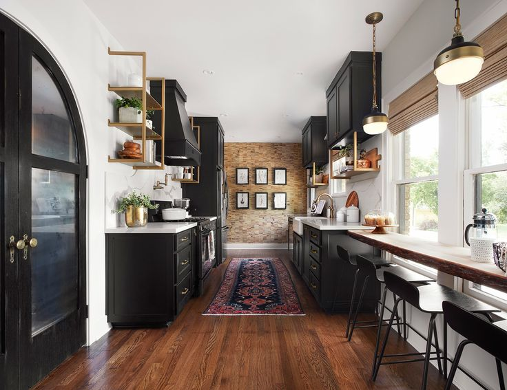 I appreciate the simplicity and layout of a well placed galley kitchen—especially one like this. There's plenty of room for Samantha and Matt to both be in the kitchen at the same time without bumping into each other.