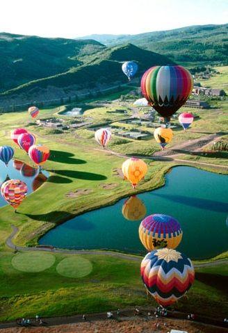Festival d'aéronefs à Chambley en Lorraine : Le Lorraine Air Ballons. www.versionvoyages.fr