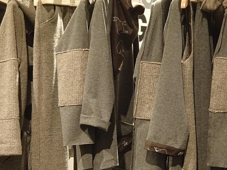 zoom sugli abiti della collezione #Frugoo abbigliamento 2-6 anni maschio - femmina