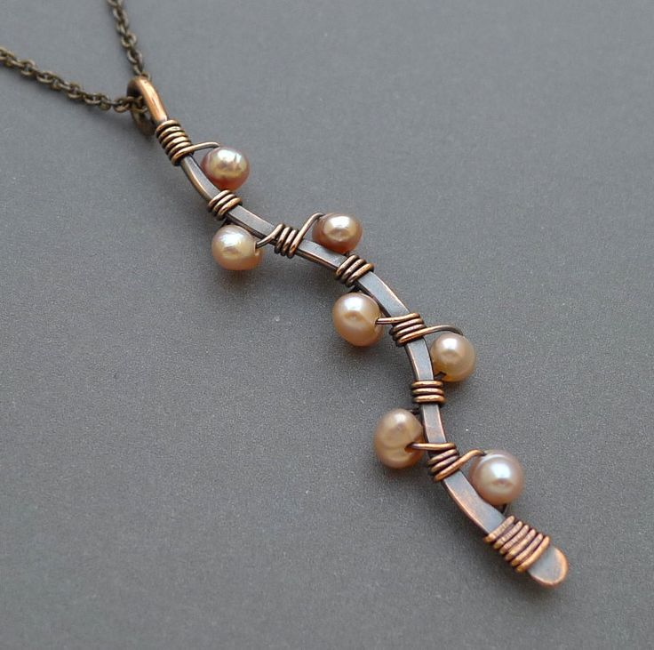 pendant, wrap techniques with pearls. possibility with small semi precious or glass beads