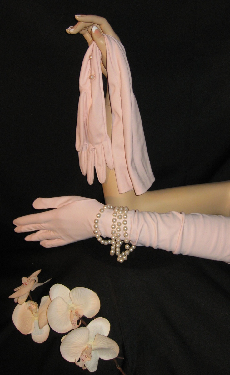 Ladies long vintage leather gloves - Long Vintage Opera Gloves In Soft Pink Blush With Pearl Buttons Vintage 60 S