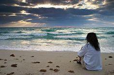 Oii meninas, hoje a inspiração para fotos é na praia. Eu quis dividir esse post em partes: sozinha, com os(as) amigos(as) e com o namorado....