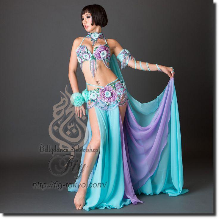 Design by Bella / Model: TIDA / Fig Belly Dance  #figbellydance #bellydancecostume #worldwideshipping