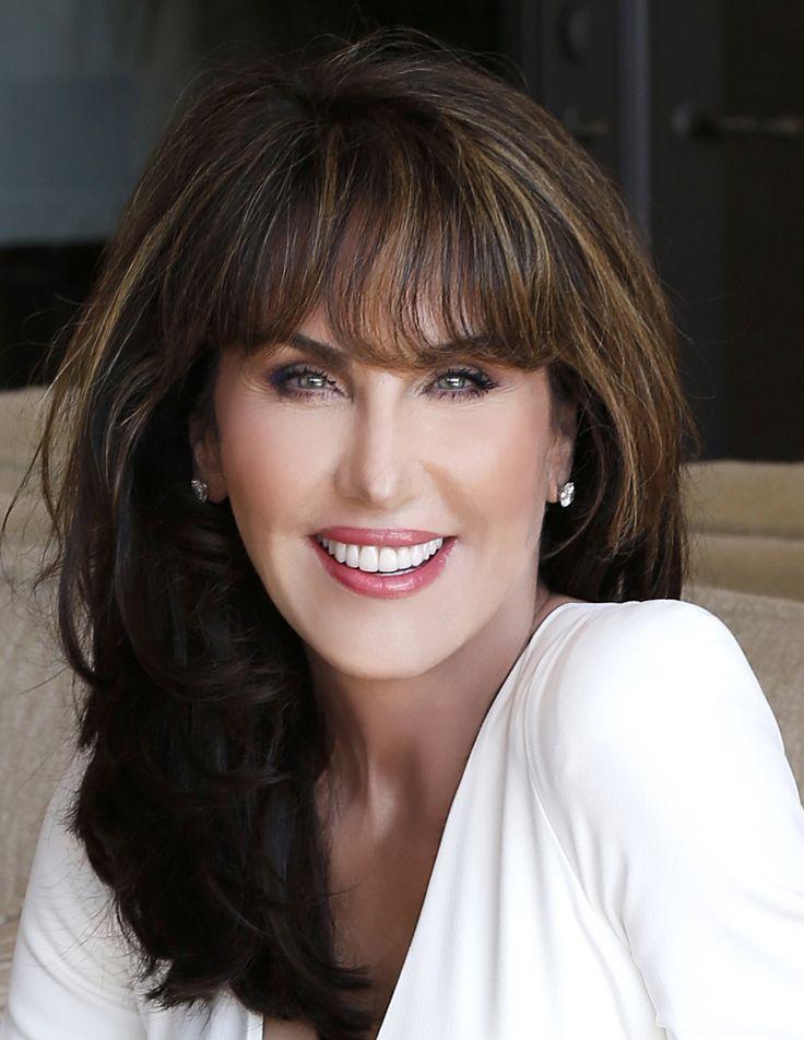 10 best Robin McGraw Makeup images on Pinterest