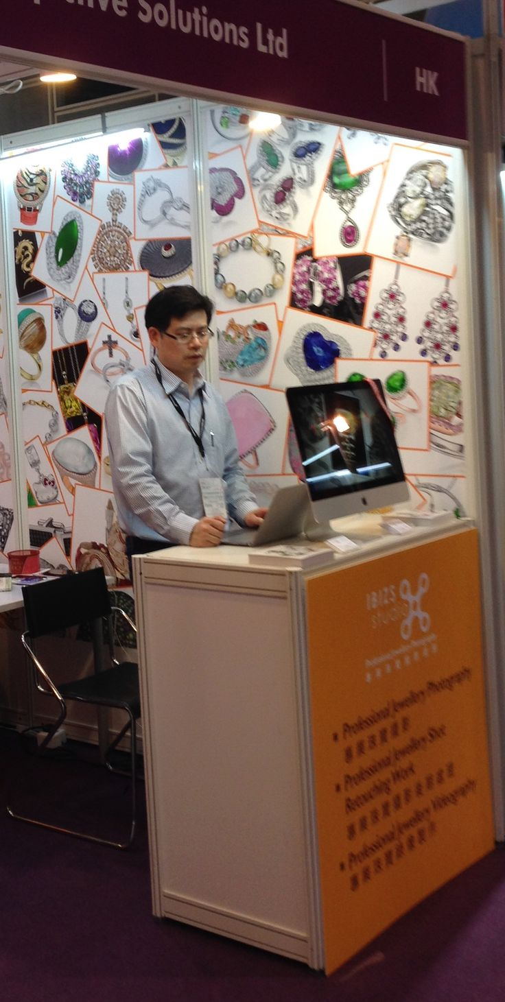 The 1st day for march hong kong jewellery fair is pretty cool!
