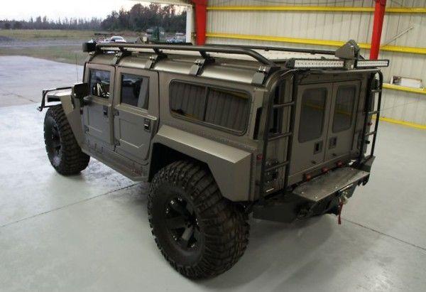 Hummer H1 Widebody.