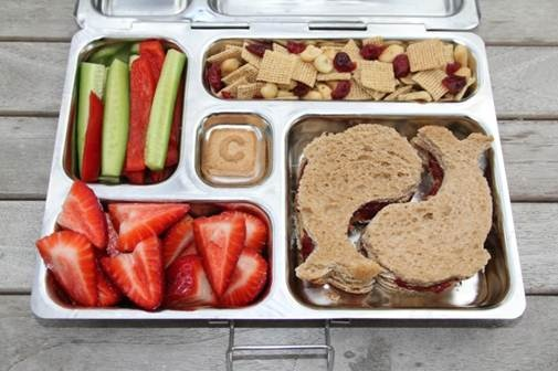 """Some PB&J Sea Creatures, fresh strawberries, peppers & cucumbers, cereal trail mix and a nice little """"C"""" cookie in the PlanetBox"""