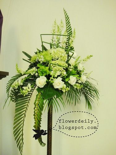 Church Flower Arrangements | Maundy Thursday Church Flower Decoration 2013 ~ flower daily blog