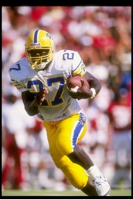 Running back Curvin Richards of the Pittsburgh Panthers