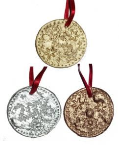 Modelage de médailles d'or, d'argent et de bronze pour les Jeux Olympiques. Fabriquez des médailles en or, argent et bronze pour les compétitions et les jeux d'enfants.