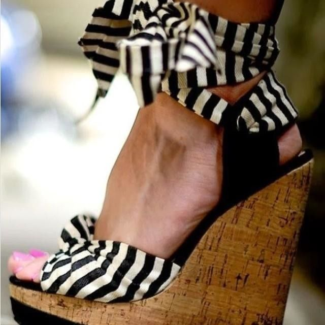 ❥Shoes, Summer Dresses, Fashion, Stripes Wedges, Style, Black And White, Black White, Heels, White Stripes