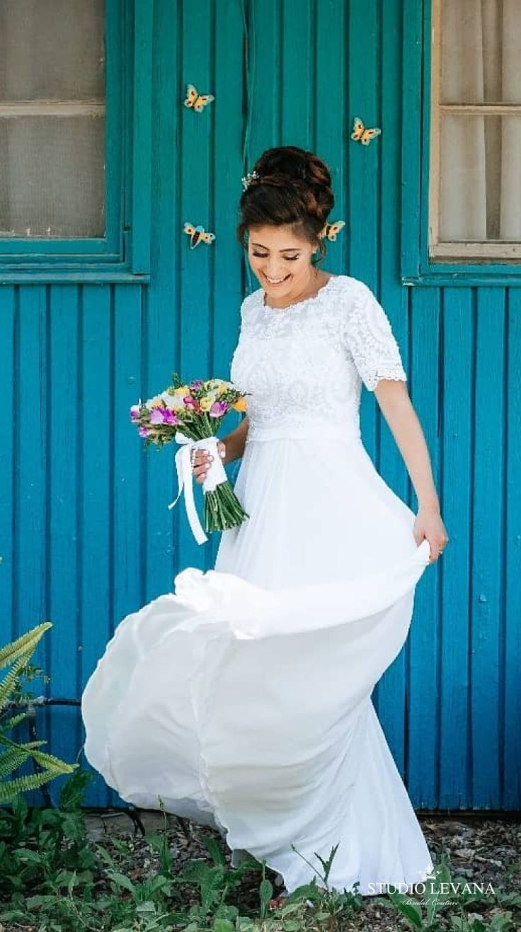 154 best Modest wedding gowns THE BEST! images on Pinterest