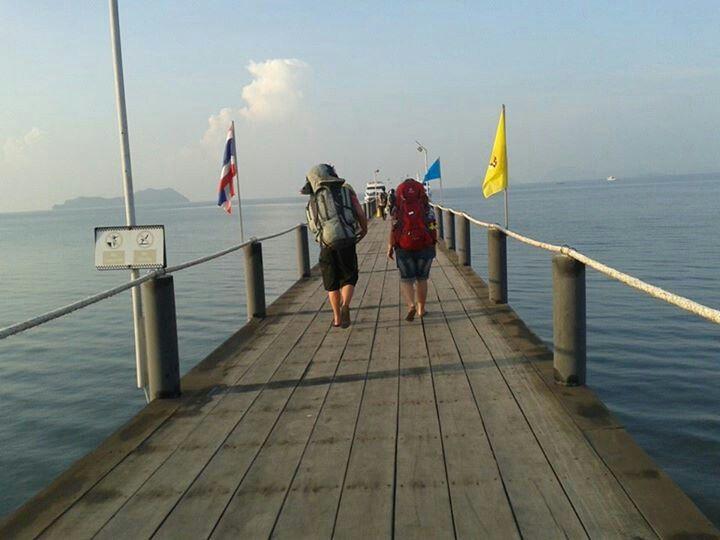 Travel, Island