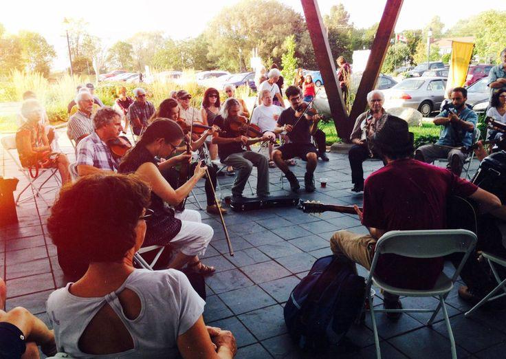 À Saint-Jean-Port-Joli du 22 au 25 septembre 2016, les Violons d'Automne vous convient à un voyage musical aux quatre coins du monde. Une fête à ne pas manquer!