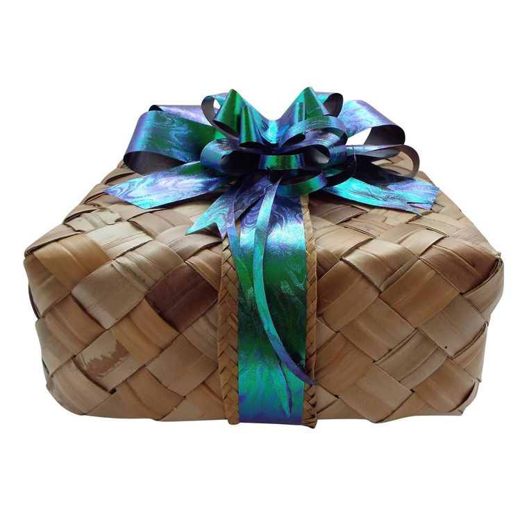 Gift Hampers & gift baskets for all occasions, thank you, get well, birthday's,christmas,anniversary's, corporate, chocolate, fudge,gourmet food, pamper products & more! Delivered Free New Zealand Wide!!