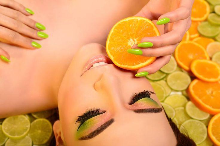 Owocowa stylizacja, w sam raz na upalne dni;) #fresh #fruit #fruitnail #orange #lime #makeup #semilac #akademiasemilac