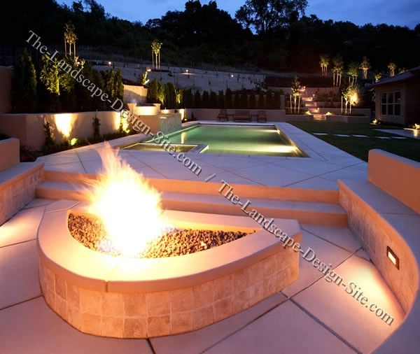 Built in terra cotta tile and stucco gas fire pit for Built in fire pits designs