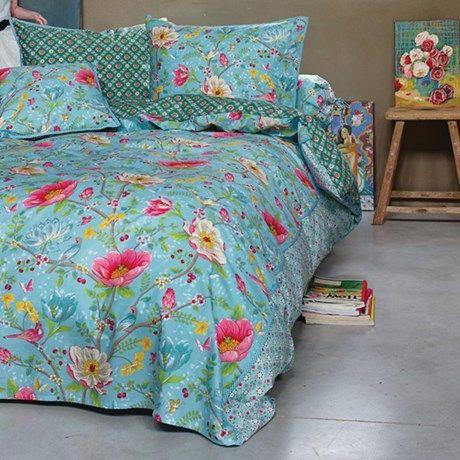 Storblomstret sengesett med dyne- og putetrekk!