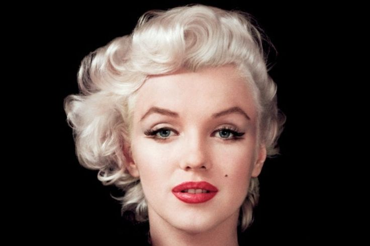 """""""Hollywood is a place where they'll pay you a thousand dollars for a kiss and fifty cents for your soul.""""  Marilyn Monroe."""