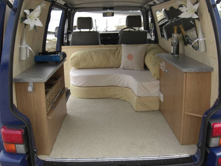 Best 25 t4 vw ideas on pinterest camper van van for Vw t4 interior designs