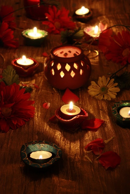 300 best diyas and candles images on pinterest diwali for Diwali home decorations pics