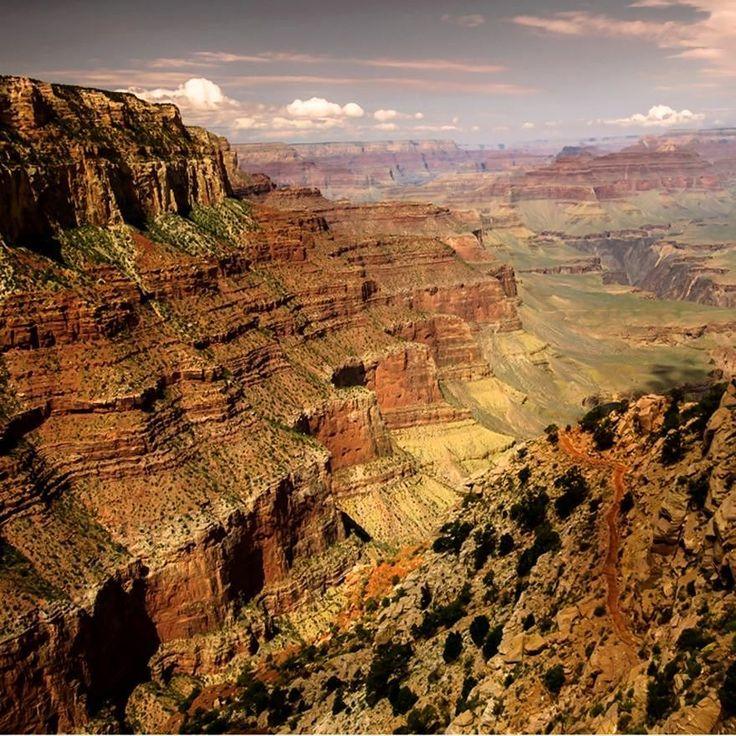 Arizona'daki Kolarado Nehri çevresinde yer alan Büyük Kanyon dünyanın en büyük kanyonu.  Fotoğraf: Daniel H. Garcia #kivi #GrandCanyon #GrandCanyonNationalPark #Arizona #paisagem #paisajístico #paysage #naturaleza #nature
