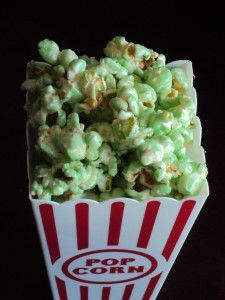 Green Candy Popcorn for your #Baylor watch party or tailgate!