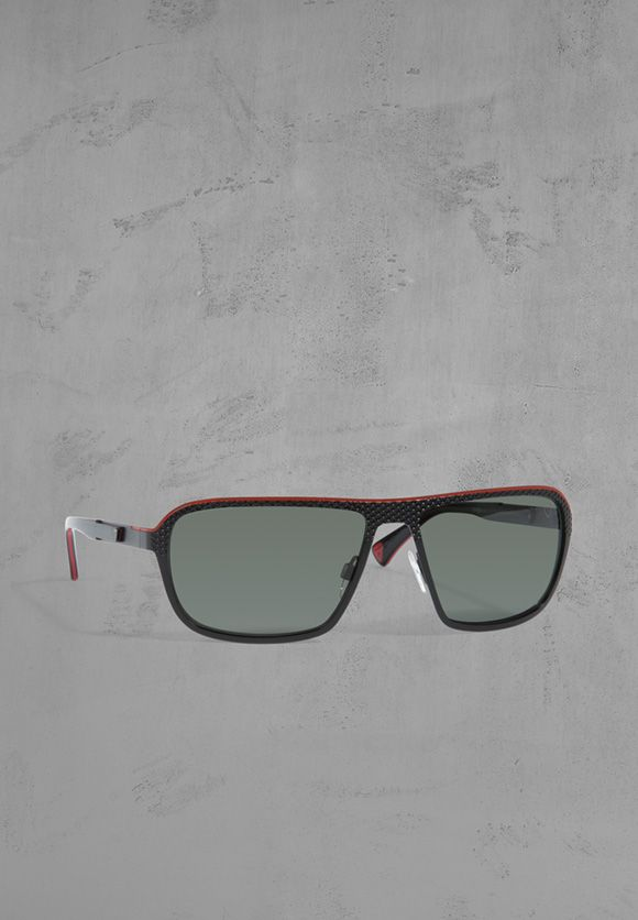 Angesagte Sonnenbrille, schwarz