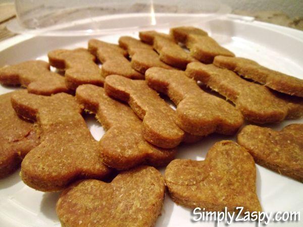 Homemade peanut butter dog treats 4