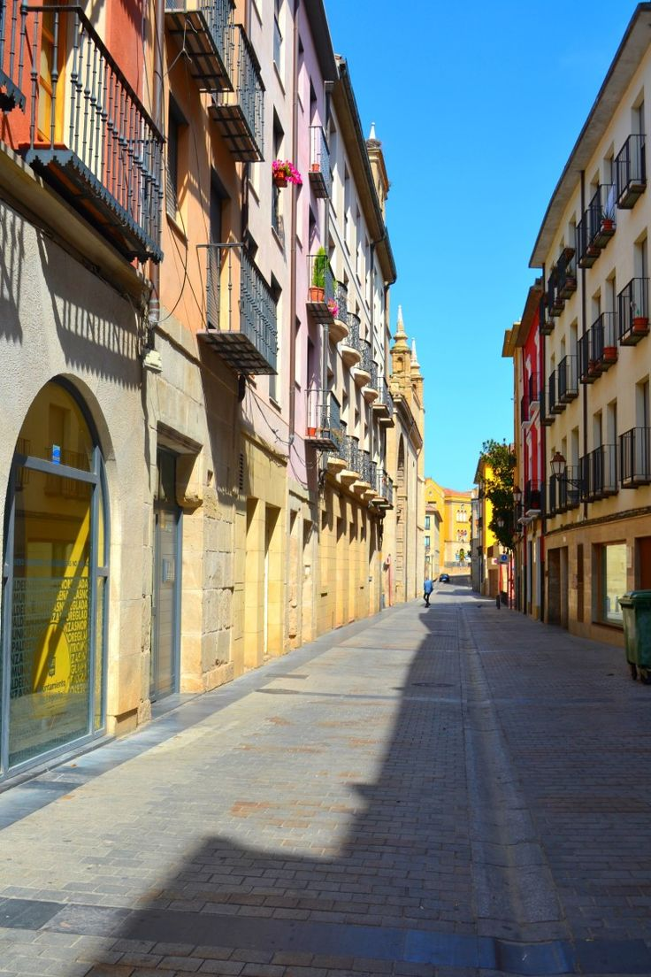 Wandering the streets of Logrono, Spain | Birds and Lilies