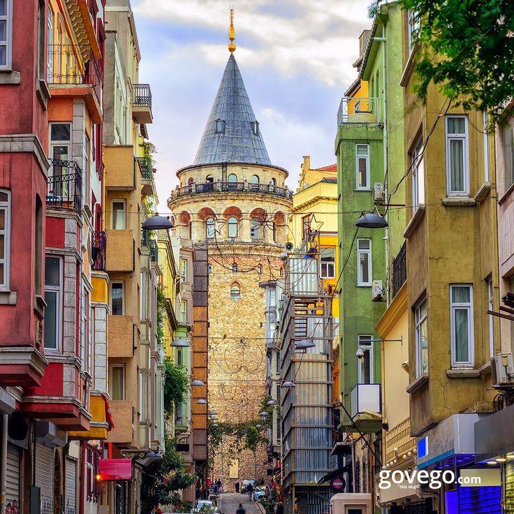 Yeni bir haftaya rengarenk Galata sokaklarıyla mı başlasak? ☺️  Herkese mutlu bir hafta dileriz.   ------------------------------ govego.com #doğa #naturel #yeşil #green #life #lifeisgood #seyahatetmek #seyahat #yolculuk #gezi #view #manzara #gününkaresi #huzur #an  #anatolia #turkey #travel #turizm #türkiye #turkey #instagram #instagood #instaphoto #bestoftheday #photo #huzur  #govego #smile #travel