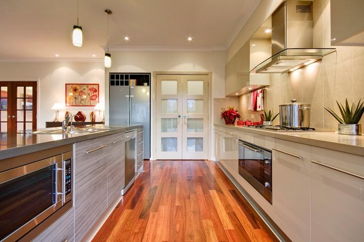 Beachside Grande Manor Elite Kitchen by McDonald Jones Homes #kitchens #mcdonald jones #australia #design #luxuryhome #architecture