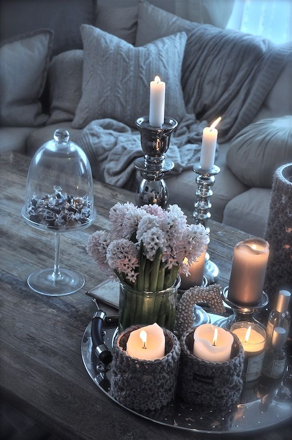 coffee table styling - I wish I could create this effect..it beautiful :)