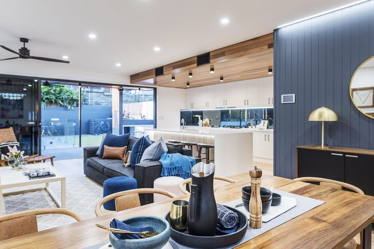 SEVEN HILLS 184 D'Arcy Road...Welcome to this outstanding example of Seven Hills 'new finest' – clearly setting a new standard of living in one of Brisbane's most sought-after emerging hot spots.