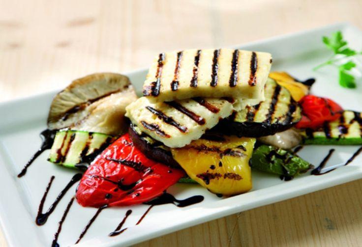 Το ιδανικό πλήρες γεύμα της εποχής με 370 θερμίδες Το καλοκαίρι είναι μια πολύ ευνοϊκή περίοδος για τέτοια πιάτα.